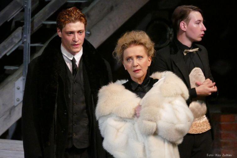 Tydzień Węgierski w Gdańskim Teatrze Szekspirowskim zainauguruje głośny dramat Szekspira - 'Ryszard III' w reżyserii Attili Vidnyánszky'ego juniora, jednego z najzdolniejszych węgierskich reżyserów młodego pokolenia