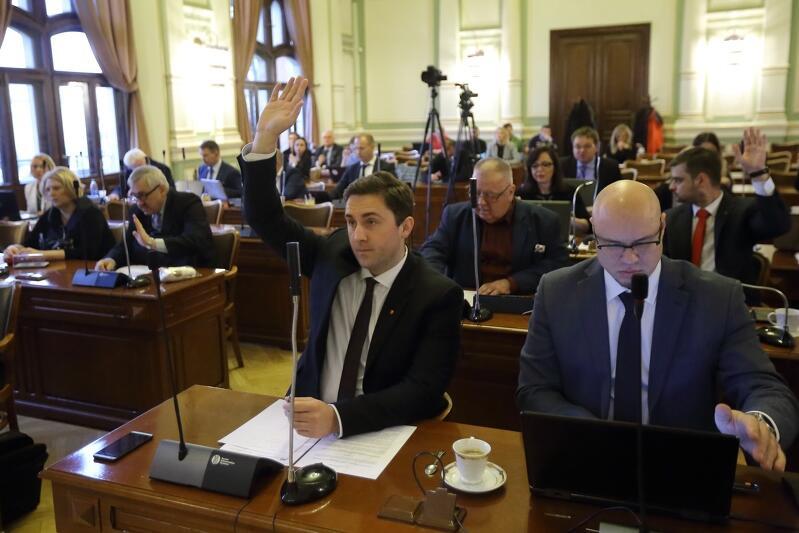 Gdańscy radni przegłosowali w czwartek ponad 40 projektów uchwał