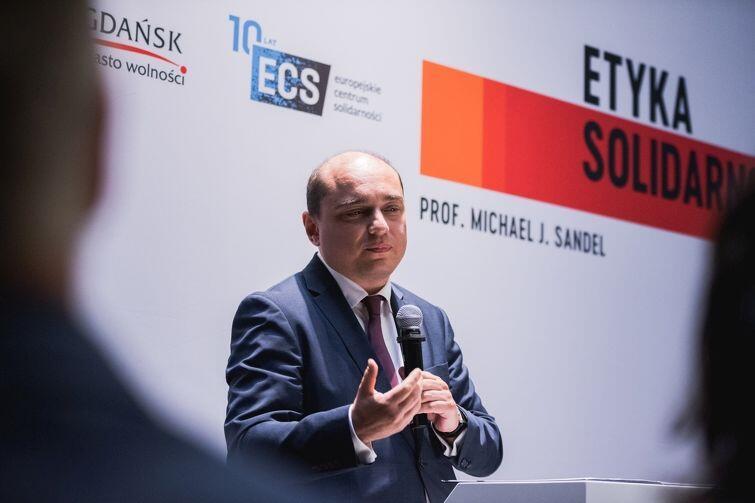 Basil Kerski, nowy-stary dyrektor ECS