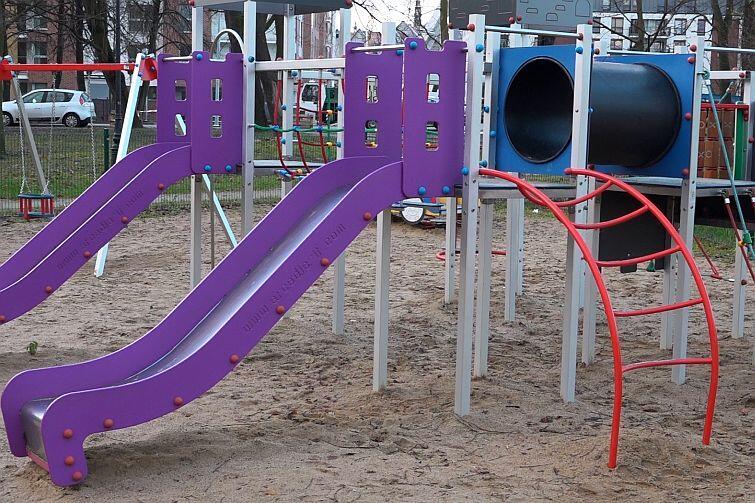 Plac zabaw w Parku Św. Barbary zbudowany za środki z Budżetu Obywatelskiego