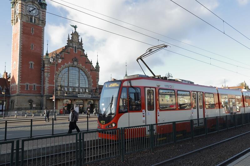 W niedzielę warto sprawdzić rozkłady jazdy linii tramwajowych przejeżdżających na co dzień al. Zwycięstwa