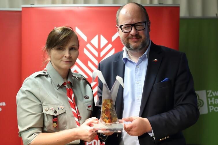 Prezydent Gdańska Paweł Adamowicz i naczelnik ZHP hm Małgorzata Sinica (prywatnie gdańszczanka) podczas konferencji na temat polskiej kandydatury do organizacji Światowego Jamboree Skautowego 2023