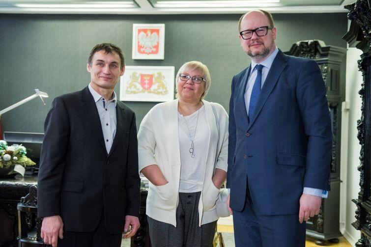 Prezydent Gdańska z Ałłą i Eugeniuszem (Gennadim) Dzieżycami