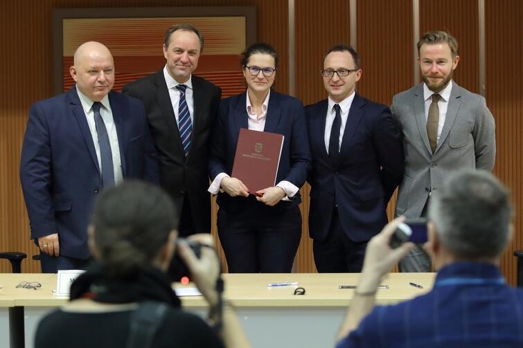Pomorski Urząd Marszałkowski. Podpisanie umowy w sprawie modernizacji szlaków w Trójmiejskim Parku Krajobrazowym