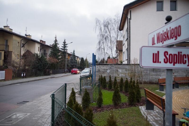 Na Wzgórzu Mickiewicza kilka ulic wymaga remontu, m.in. ul. Wojskiego i Jacka Soplicy