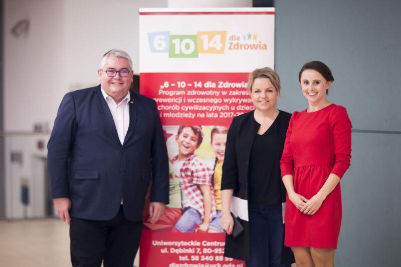 Program 6-10-14 dla Zdrowia na kolejne lata. Od prawej Paulina Metelska z UCK, Katarzyna Bosacka i Piotr Kowlaczuk wiceprezydent Gdańska