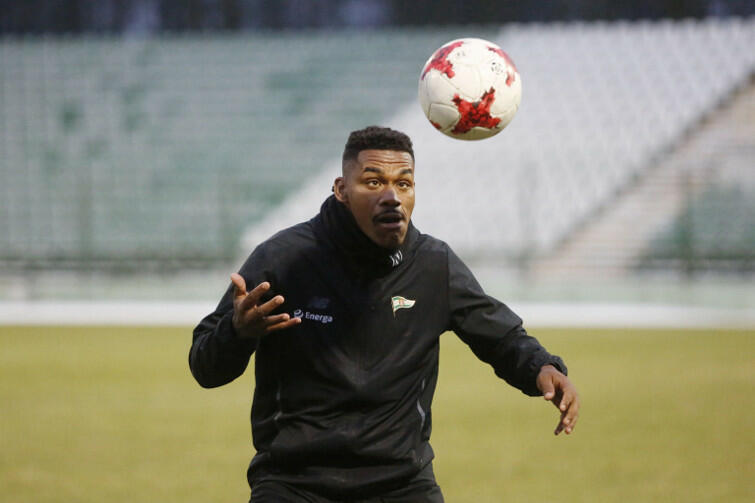 Dobra wiadomość jest taka, że z drużyną trenuje Gerson, który wrócił z klubu w Korei Południowej