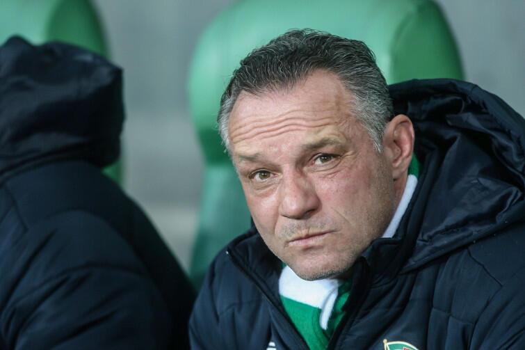 Piotr Nowak dostał w Lechii szansę tylko na jeden sezon, mimo, że Lechia dawno nie grała tak dobrze, jak pod jego wodzą