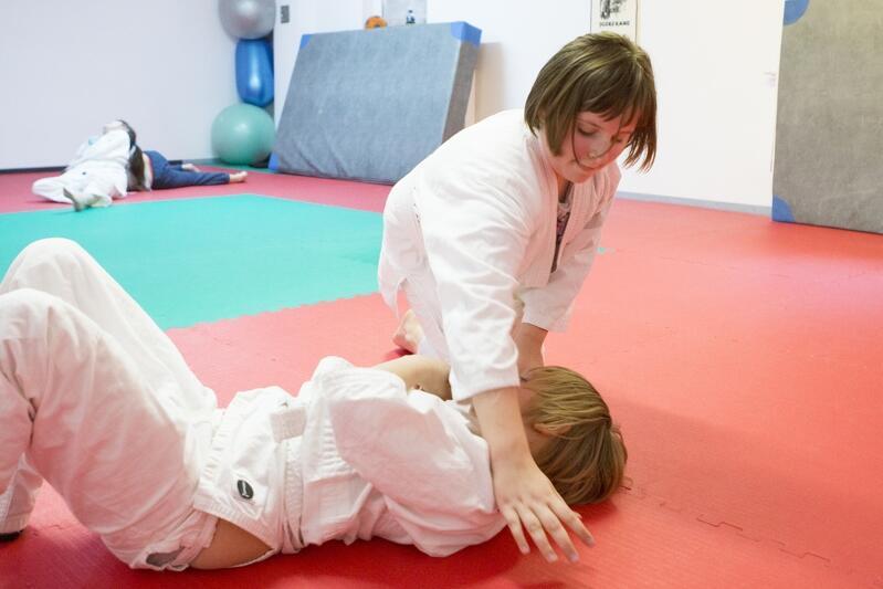 Trening judo - tutaj w Szkole Podstawowej nr 44 w Gdańsku