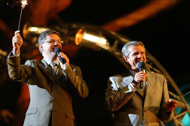 Imprezę poprowadzą lubiani dziennikarze, prezenterzy i konferansjerzy: Roman Czejarek i Zygmunt Chajzer