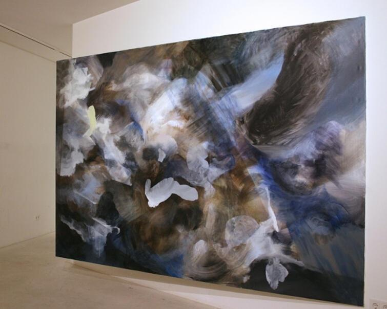 """Olga Lewicka, instalacja 'Cloud Studies. Mapping a Prospective All-Embracing Structure #2"""", wystawa w Berlinie w 2012 r."""