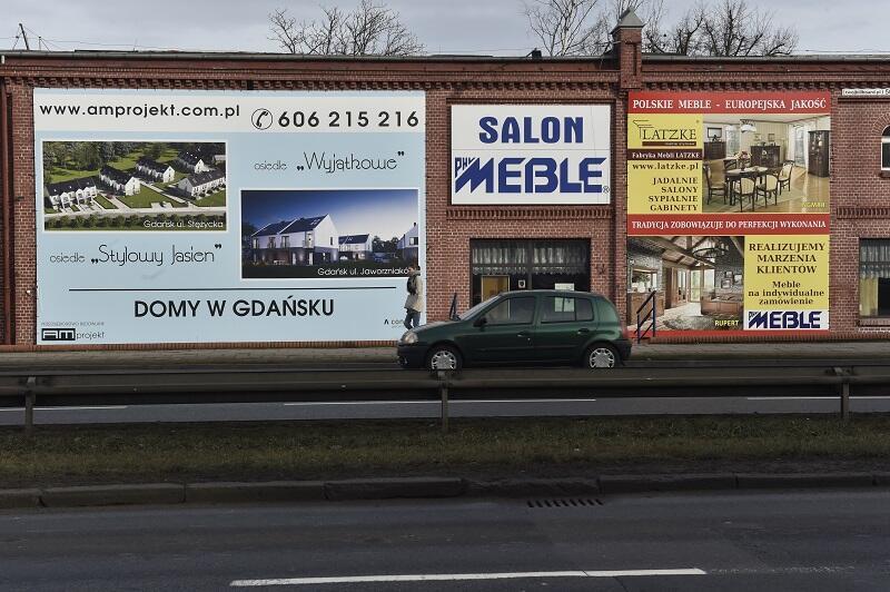 Gdańsk Strzyża - pawilon meblowo - banerowy