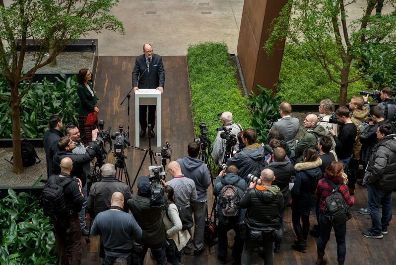 To była pierwsza konferencja prasowa Pawła Adamowicza po ogłoszeniu, że wystartuje w wyborach na prezydenta nowej kadencji - cieszyła się bardzo dużym zainteresowaniem mediów