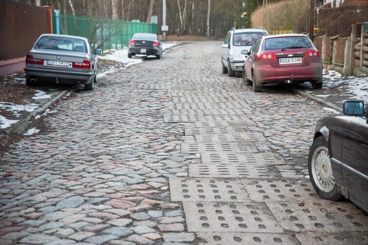 Na ul. Rybińskiego w przyszłym roku powstanie chodnik. Budowa jezdni musi jeszcze poczekać...
