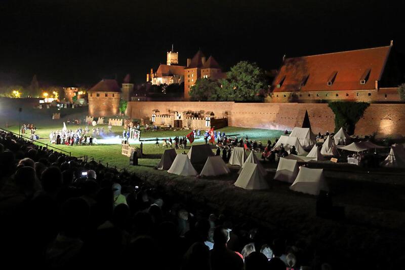 Inscenizacja oblężenia Malborka (odbywa się zawsze w weekend następujący po inscenizacji bitwy pod Grunwaldem) to impreza, która od lat przyciąga tłumy fanów, także z Gdańska i całego Trójmiasta