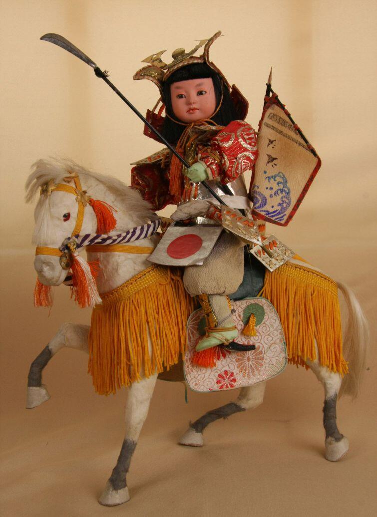 Lalka musha kabuto ningyō, I poł. XX w. Ze zbiorów Muzeum Lalek w Pilźnie