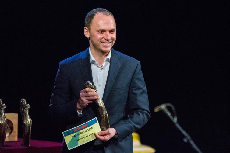 Napastnik Arki Gdynia Rafał Siemaszko został uznany Sportowcem Roku