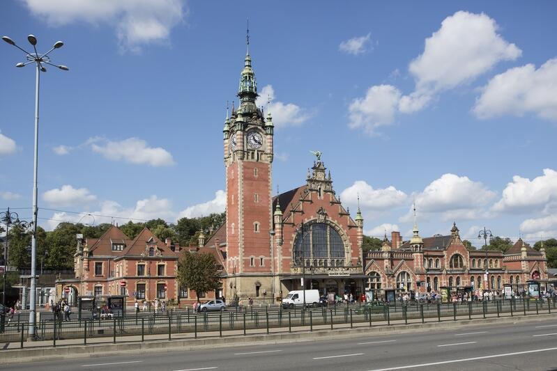 Przy gdańskich dworcach kolejowych powstaną węzły integracyjne, m.in. w Śródmieściu