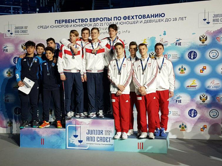 Polacy na trzecim miejscu podium