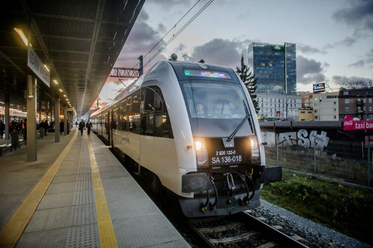 W marcu 2017 roku po raz pierwszy w historii pociągi do Kartuz wyruszyły z Gdańska Głównego