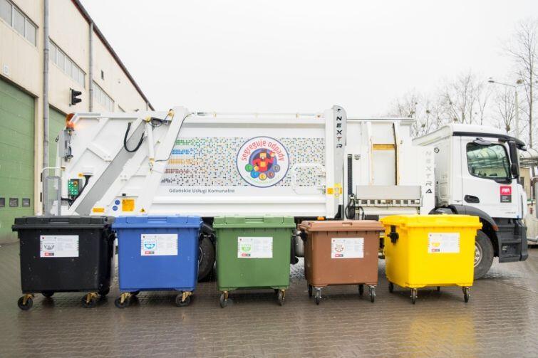 Nowa śmieciarka do wywożenia odpadów