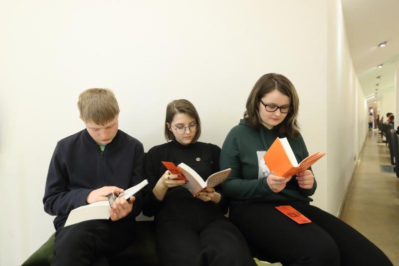 Takie imprezy jak Targi Książki przeczą statystykom o słabym czytelnictwie w Polsce