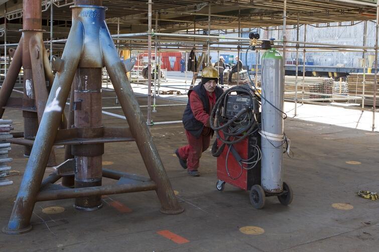 Prace montażowe i wykończeniowe będzie można wykonać po uprzednim dokładnym sprawdzeniu, w jakim stanie jest konstrukcja