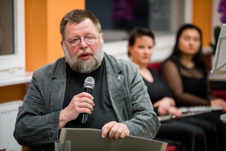 Piotr Szczepański - poeta, jeden z organizatorów Gdańskiego Klubu Poetów