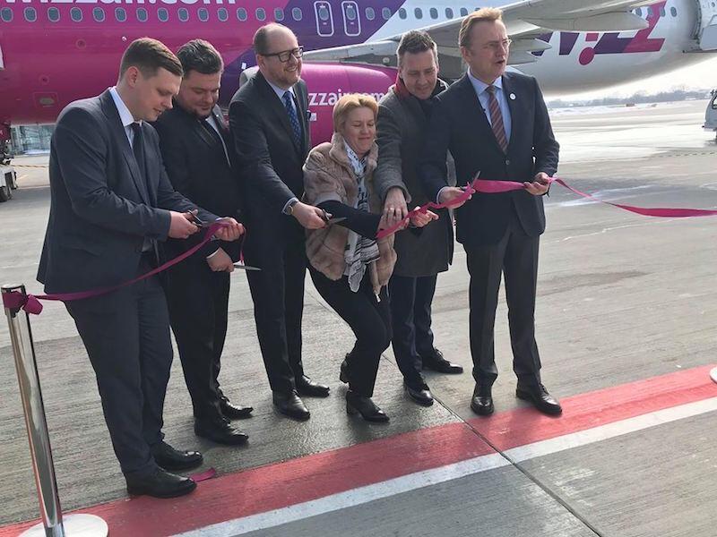 Delegacja z Gdańska szczęśliwie doleciała do Lwowa