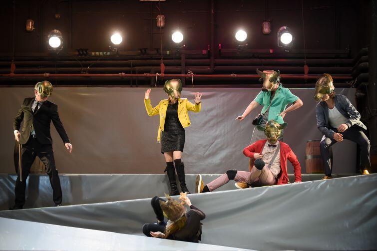 'Bunt' w reżyserii Jakuba Roszkowskiego to nowa premiera na Dużej Scenie Teatru Miniatura