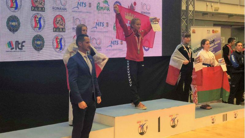 Kornelia Labudda na najwyższym stopniu podium