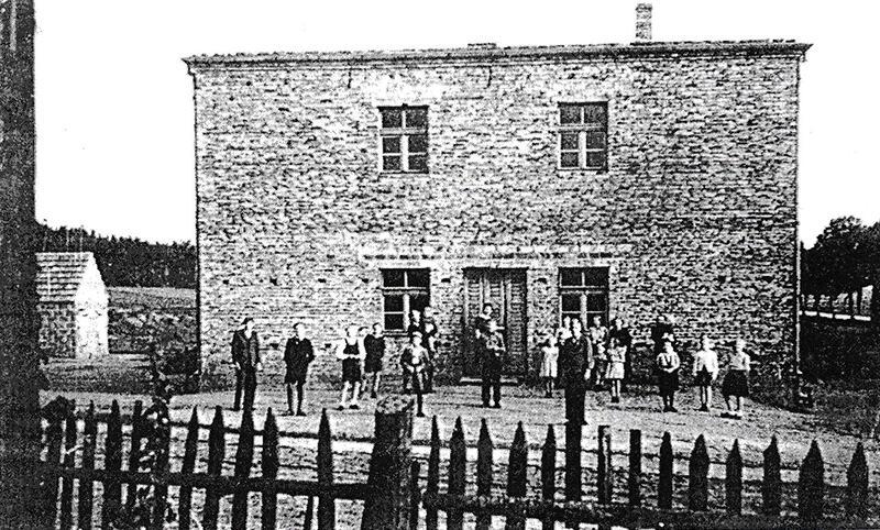 Budynek szkolny - październik 1950 r.