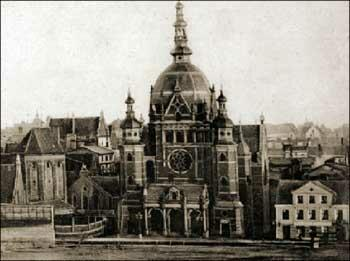Synagoga Wielka w Gdańsku - stan pod koniec XIX w. Po lewej widać fragmenty dawnej zabudowy, która dzisiaj stanowi część Domu Harcerza przy ul. Za Murami