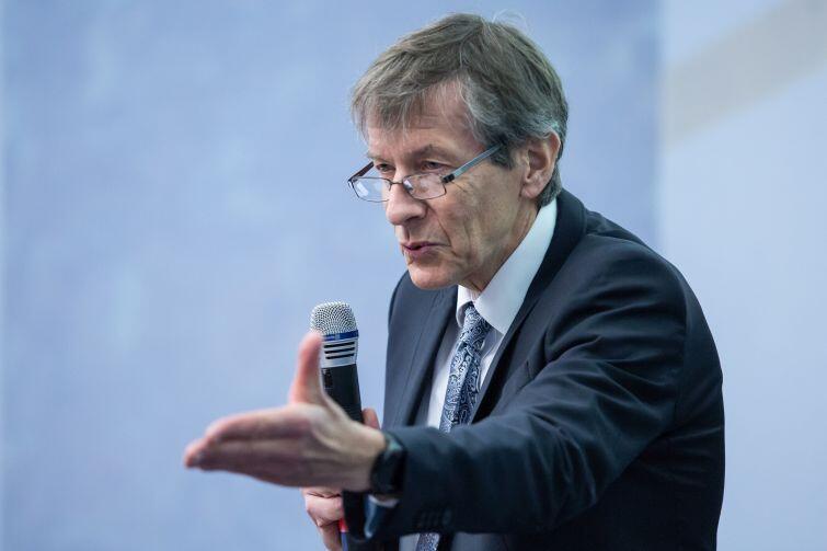 Prof. Marek Żukowski, kierownik Międzynarodowego Centrum Teorii Technologii Kwantowych na UG