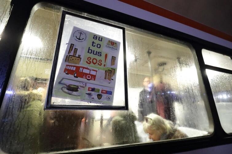 Autobus będzie kursował codziennie, od godz. 20.30 do północy