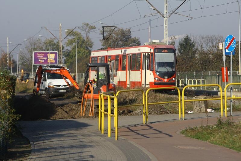 Prace nad remontem linii tramwajowej na Stogi trwają od kilku miesięcy, jednak teraz wchodzą w najważniejszą fazę