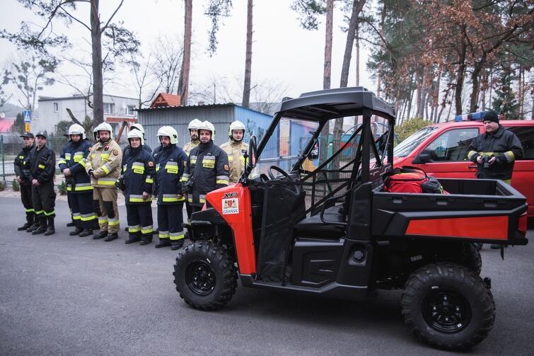 Ten pojazd ma ułatwić strażakom dotarcie w trudno dostępne miejsca