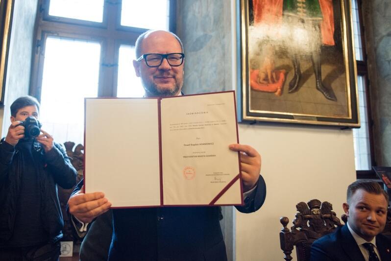 19 listopada 2018 r., Ratusz Głównomiejski w Gdańsku. Paweł Adamowicz podczas inauguracyjnej sesji Rady Miasta Gdańska VIII kadencji, na której został zaprzysiężony na prezydenta Gdańska, na lata 2018-2023