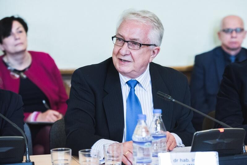 Prof. Edmund Wittbrodt: - Decyzja o przeniesieniu PAK nie jest dobra dla Gdańska i Pomorza