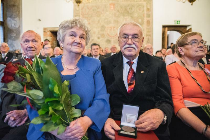 Wśród 33 par, które 28 listopada obchodziły jubileusz długiego pożycia małżeńskiego była pani Jolanta i pan Stanisław