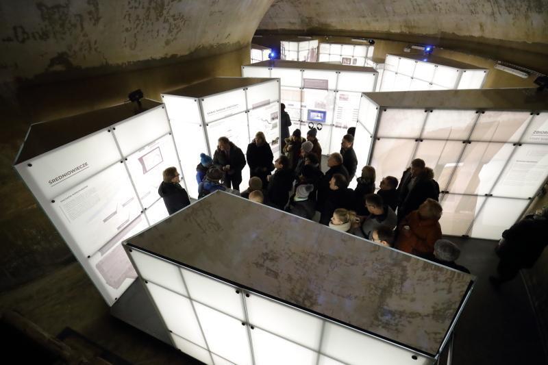 Otwarciu zbiornika towarzyszyła wystawa i występ artystyczny