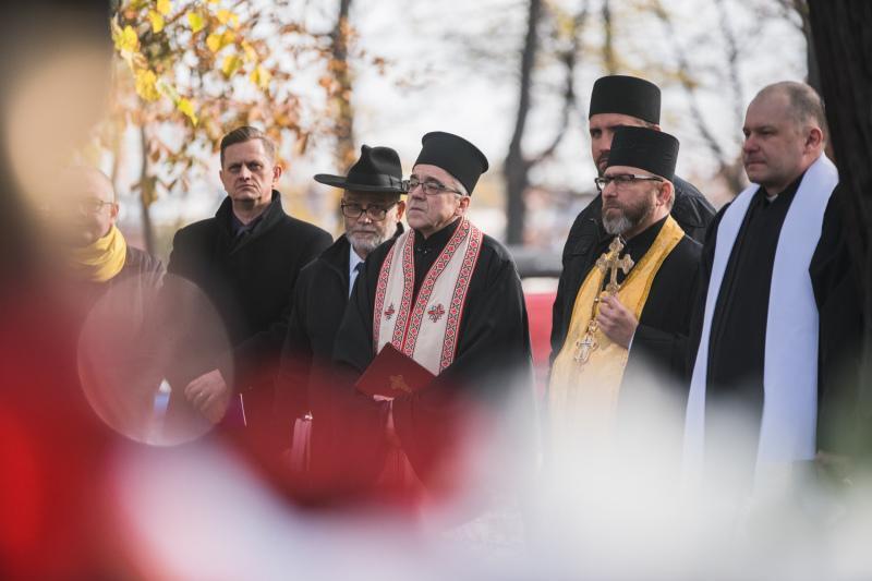 W czwartek, 1 listopada, po raz dwudziesty na Cmentarzu Nieistniejących Cmentarzy spotkali się przedstawiciele wielu wyznań, którzy modlili się w intencji zmarłych. Symboliczne jest miejsce modlitwy, które upamiętnia zniszczone po II wojnie światowej gdańskie cmentarze