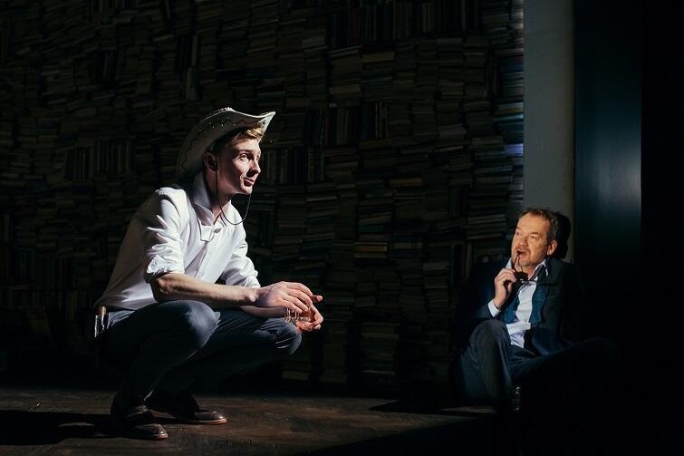 Robert Biedroń i Mirosław Baka w spektaklu 'Kto się boi Virginii Woolf'