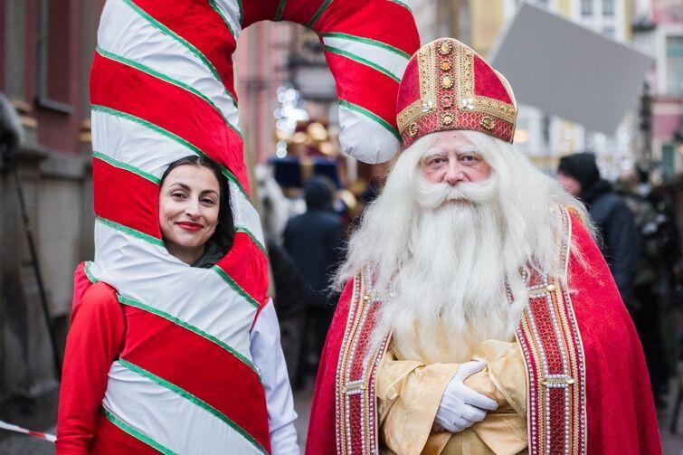 Święta w Gdańsku to magiczny czas... W ubiegłym roku można było nawet spotkać aktora Olafa Lubaszenko w roli świętego Mikołaja! Co nas czeka tym razem?