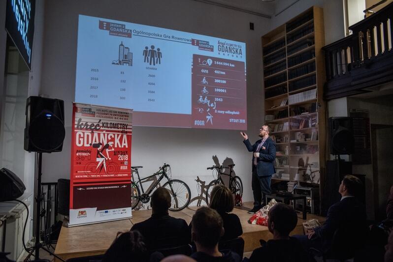 Łukasz Witczak, koordynator Ogólnopolskiej Gry Rowerowej w Gdańsku na początku przedstawił krótkie podsumowanie kampanii
