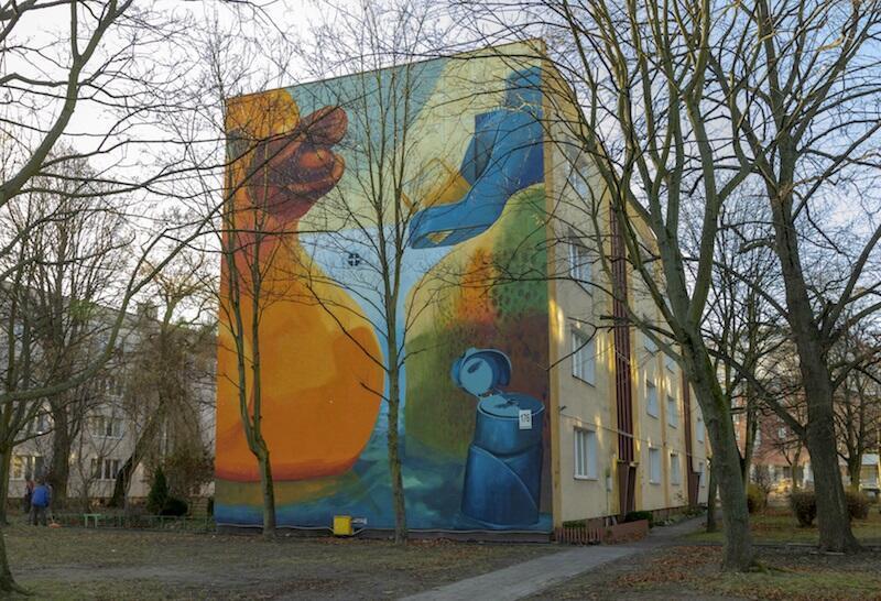 Projekt ostatniego muralu przygotował Władysław Tyrkin, pochodzący z polskiej rodziny na Białorusi, student ASP w Gdańsku