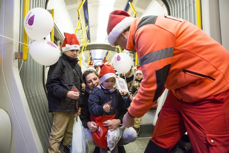 W tym roku Mikołaj także nie zapomni o prezentach