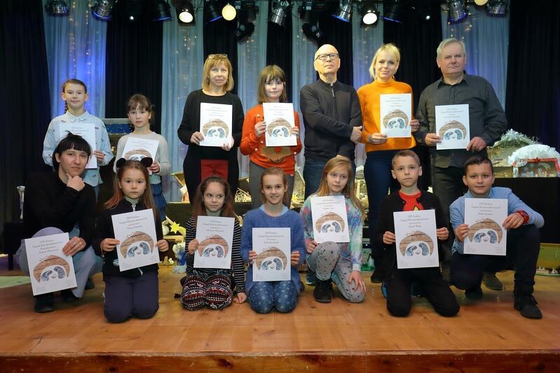 Oto laureaci (lub ich przedstawiciele) XXIII edycji konkursu organizowanego przez Dom Sztuki, który znajduje się przy ul. Stryjewskiego 25