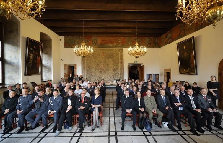Wyróżnieni honorowi krwiodawcy oraz goście podczas gali w Ratuszu Głównego Miasta w Gdańsku