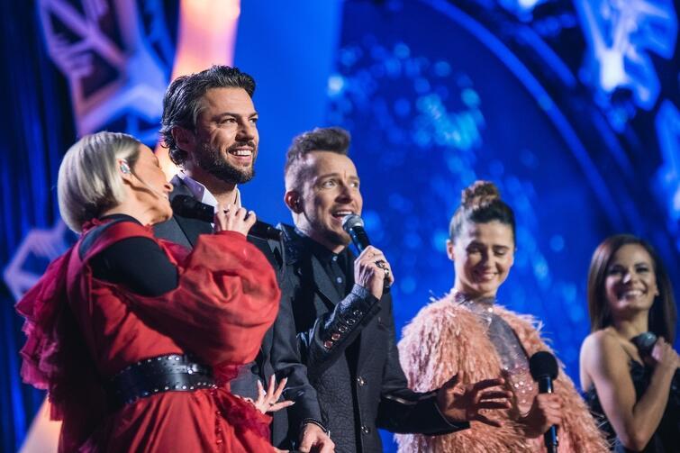 Koncert poprowadził Olivier Janiak (drugi od lewej) i Agnieszka Grochowska (druga od prawej)